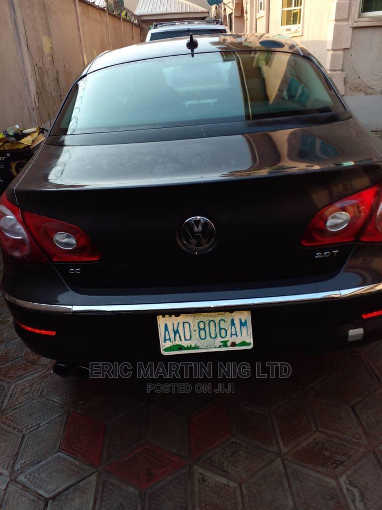 Volkswagen Passat 2010 2.0 Sedan Black