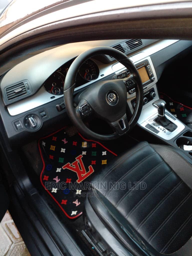 Volkswagen Passat 2010 2.0 Sedan Black   Cars for sale in Surulere, Lagos State, Nigeria