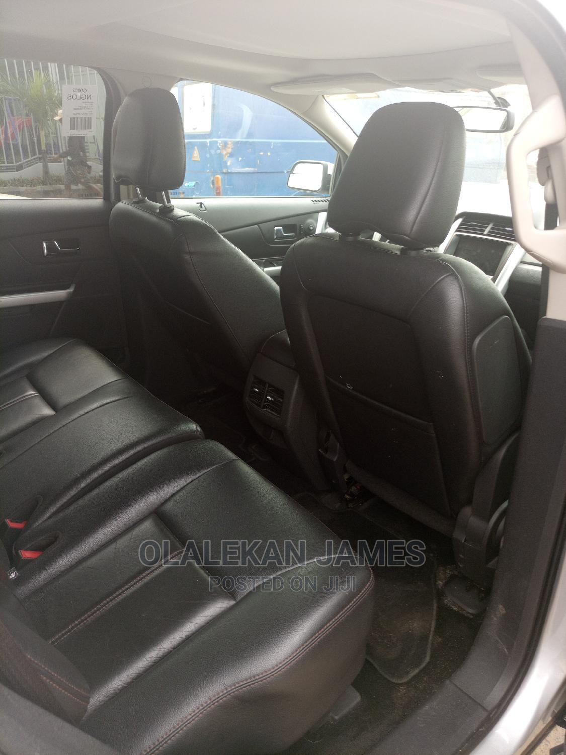 Archive: Ford Edge 2011 SE 4dr FWD (3.5L 6cyl 6A) Silver