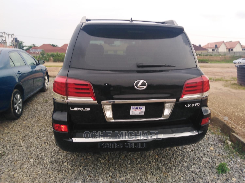 Archive: Lexus LX 2015 570 (5 Seats) AWD Black
