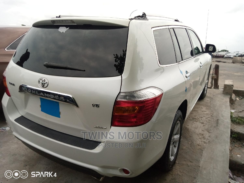 Toyota Highlander 2008 White   Cars for sale in Apapa, Lagos State, Nigeria