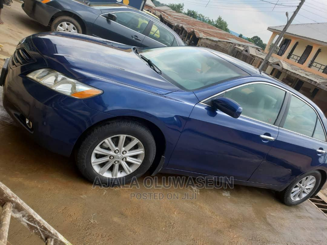 Archive: Toyota Camry 2009 Blue