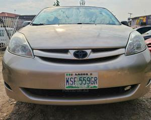 Toyota Sienna 2006 XLE Limited AWD Gold | Cars for sale in Lagos State, Ikeja