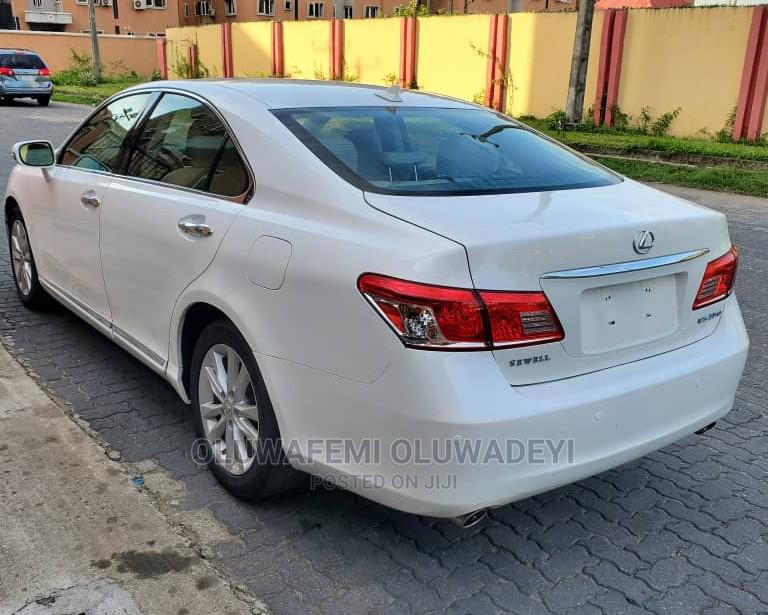 Archive: Lexus ES 2012 350 White