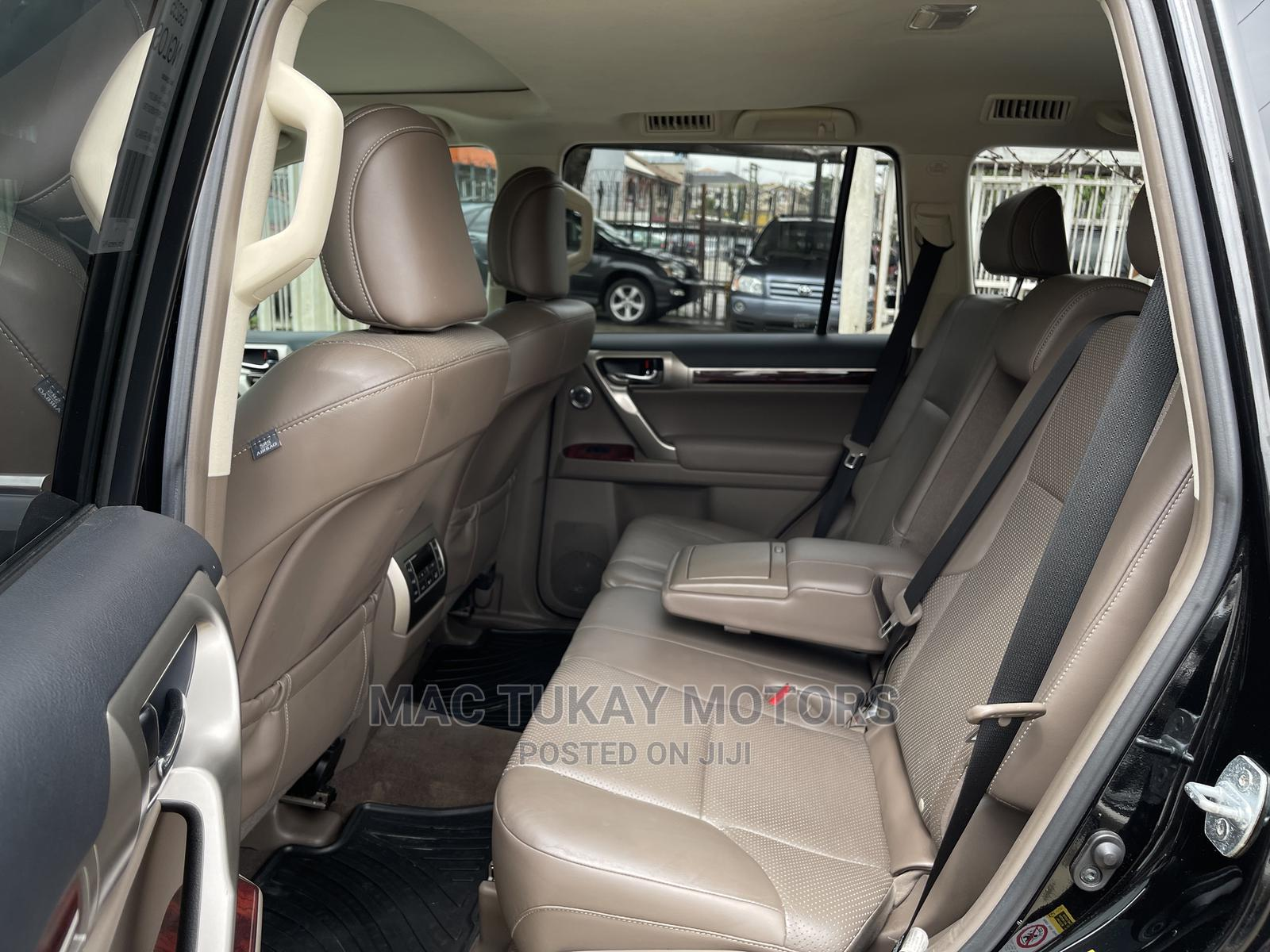 Archive: Lexus GX 2011 460 Premium Black