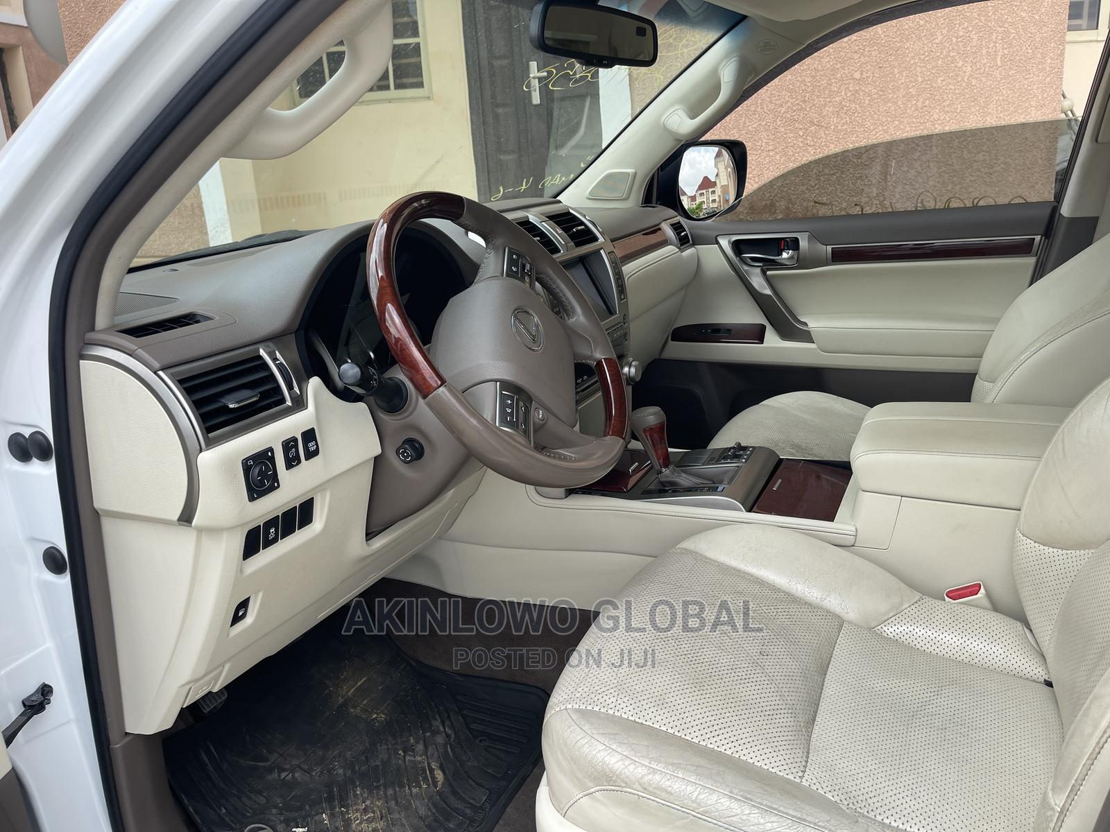 Archive: Lexus GX 2010 460 White