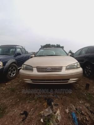 Toyota Camry 1999 Automatic Gold | Cars for sale in Abuja (FCT) State, Karu