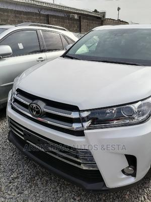 Toyota Highlander 2018 White | Cars for sale in Lagos State, Ikeja
