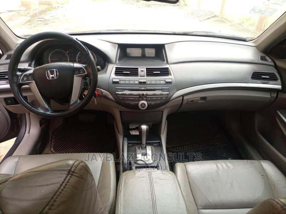 Archive: Honda Accord 2009 2.0 I-Vtec Automatic Gray