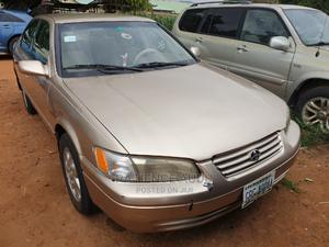 Toyota Camry 2001 Gold   Cars for sale in Abuja (FCT) State, Kubwa
