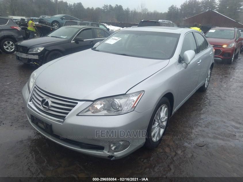 Archive: Lexus ES 2012 250 Silver