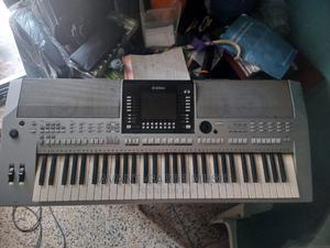 Yamaha Psr S900 | Musical Instruments & Gear for sale in Oyo State, Lagelu