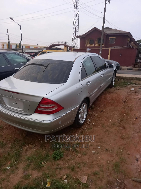 Mercedes-Benz C240 2006 Silver | Cars for sale in Ifako-Ijaiye, Lagos State, Nigeria