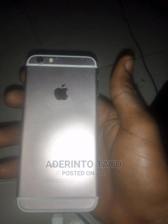 Archive: Apple iPhone 6s 128 GB Gray