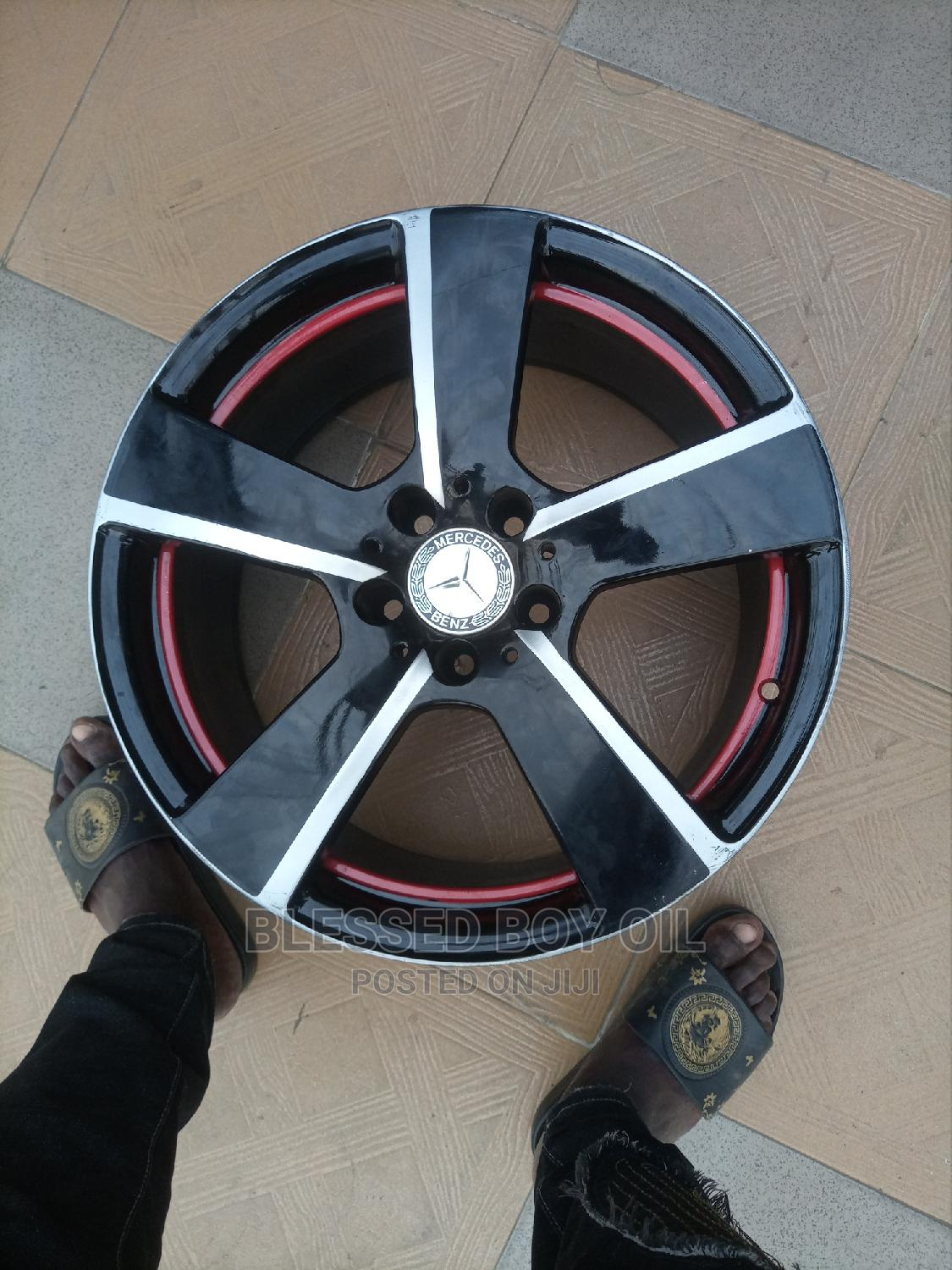 18 Inches for Mercedes Benz Available   Vehicle Parts & Accessories for sale in Mushin, Lagos State, Nigeria