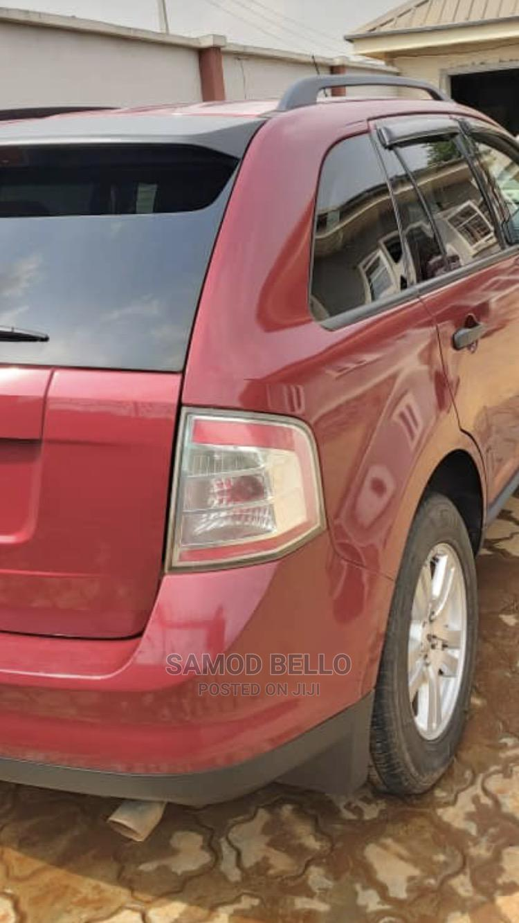 Archive: Ford Edge 2008 SE 4dr FWD (3.5L 6cyl 6A) Red