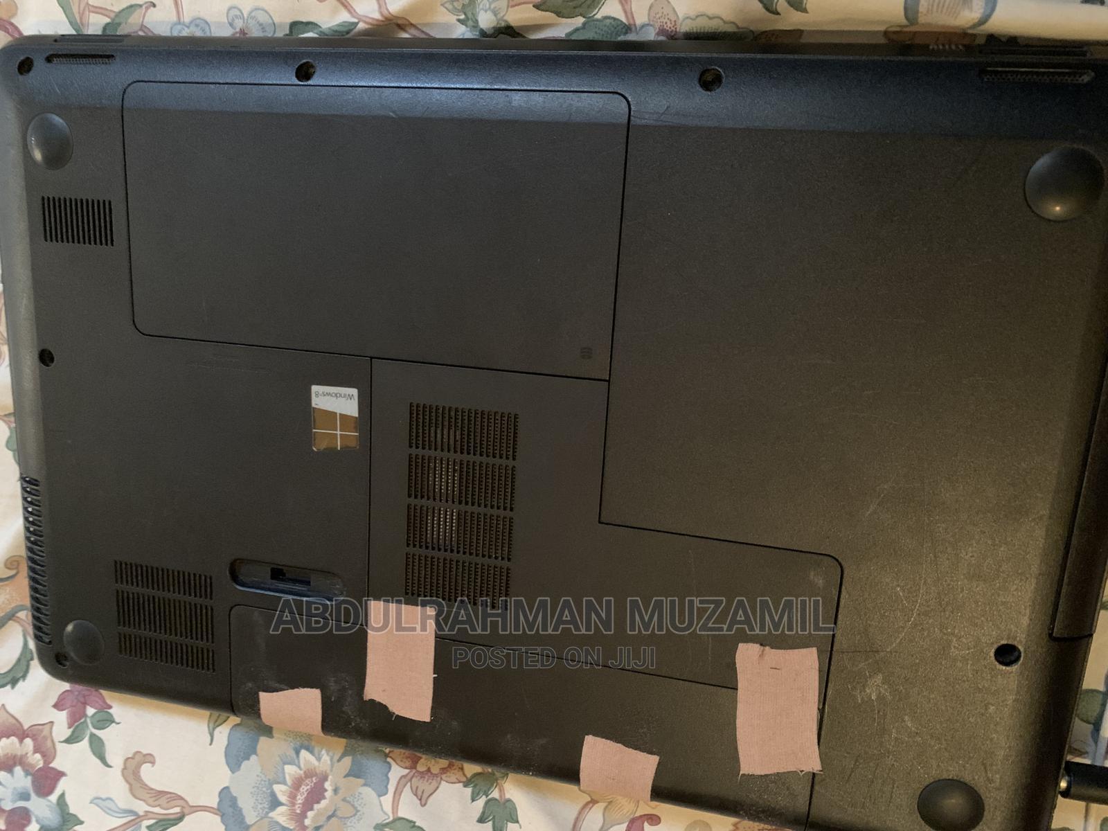 Archive: Laptop HP 655 4GB AMD HDD 250GB
