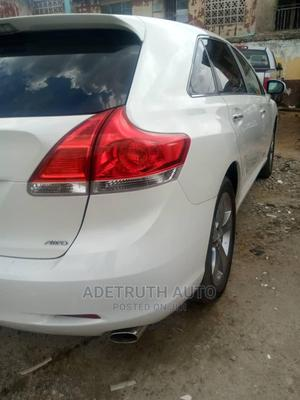 Toyota Venza 2010 V6 AWD White | Cars for sale in Lagos State, Ogba