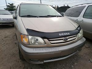 Toyota Sienna 2001 XLE Gold | Cars for sale in Lagos State, Apapa