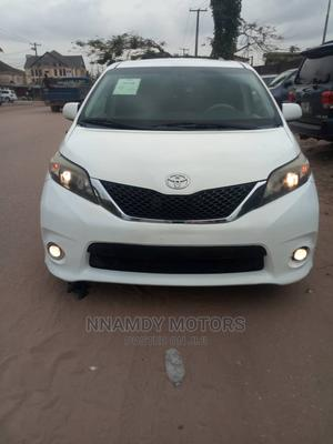 Toyota Sienna 2013 White   Cars for sale in Lagos State, Ipaja