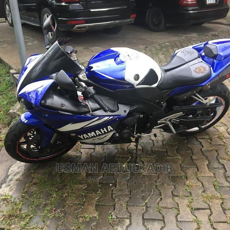 Archive: Yamaha YZF-R 2014 Blue