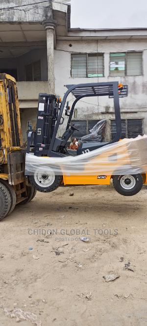 Forklift 3ton   Heavy Equipment for sale in Lagos State, Ojo