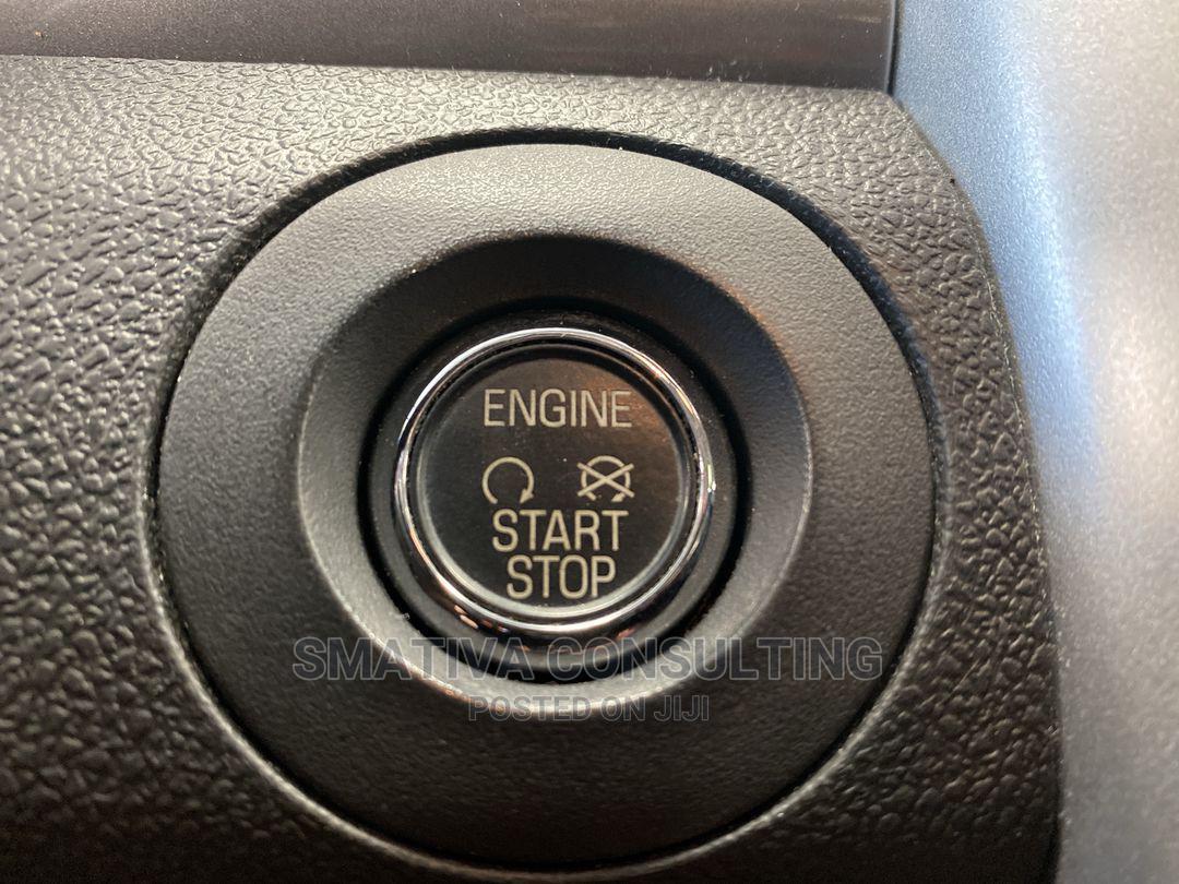 Archive: Ford Edge 2012 Black