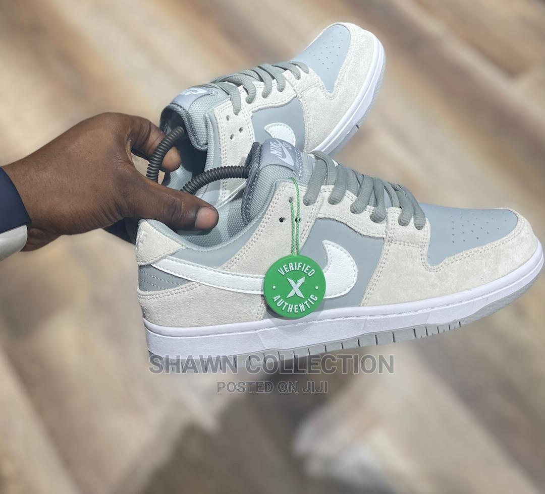 Nike Sb Dunk Low Summit Sneakers | Shoes for sale in Lagos Island (Eko), Lagos State, Nigeria