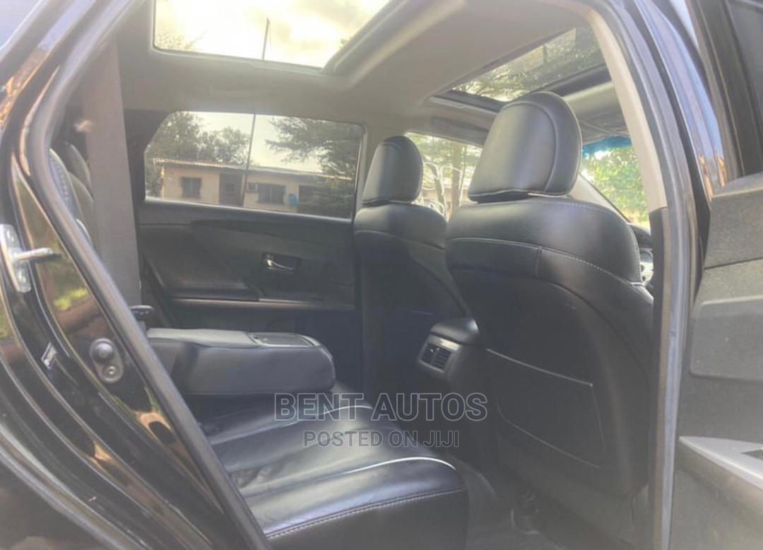Archive: Toyota Venza 2013 XLE AWD V6 Black
