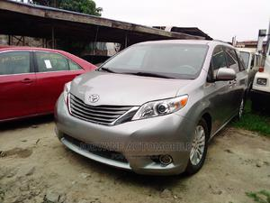 Toyota Sienna 2011 XLE 7 Passenger Silver | Cars for sale in Lagos State, Amuwo-Odofin