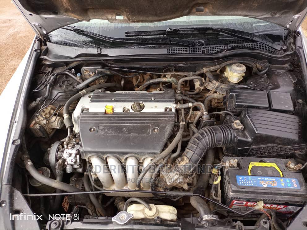 Archive: Honda Accord 2006 2.4 Executive Silver