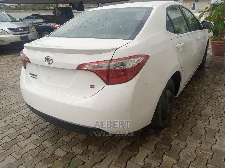 Toyota Corolla 2014 White | Cars for sale in Ojodu, Lagos State, Nigeria