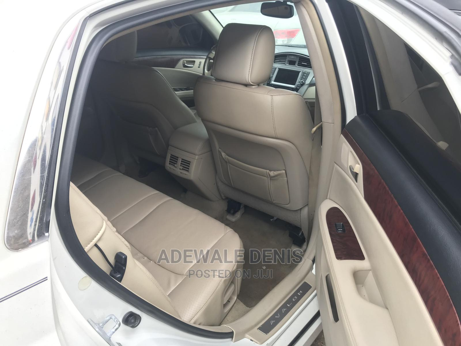 Toyota Avalon 2011 White | Cars for sale in Ikeja, Lagos State, Nigeria