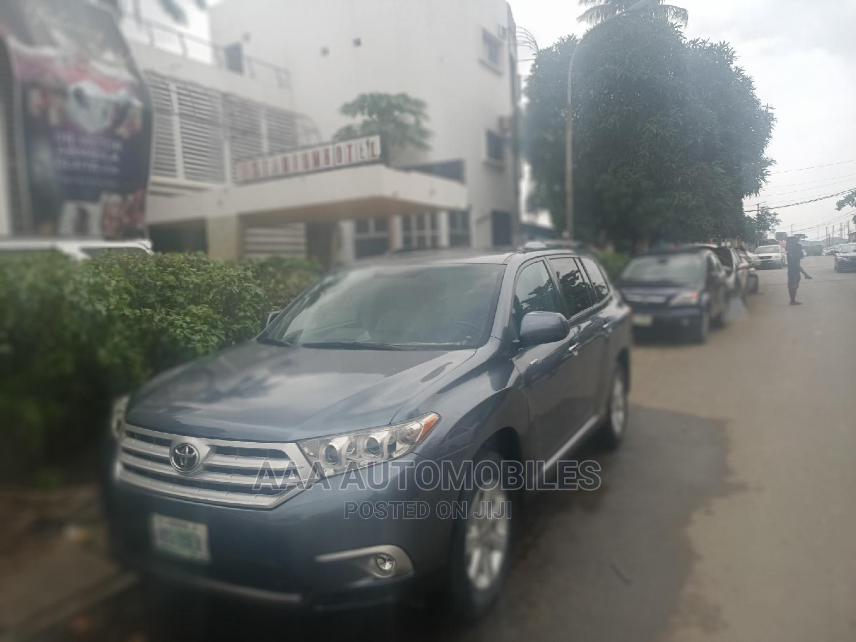 Toyota Highlander 2011 Limited Blue