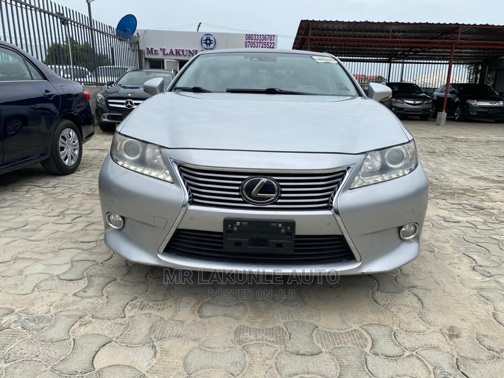 Lexus ES 2013 Silver