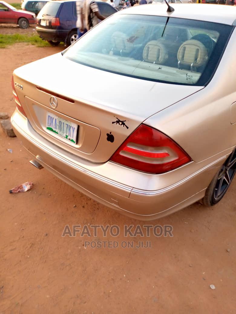 Mercedes-Benz C240 2009 Silver | Cars for sale in Gwarinpa, Abuja (FCT) State, Nigeria