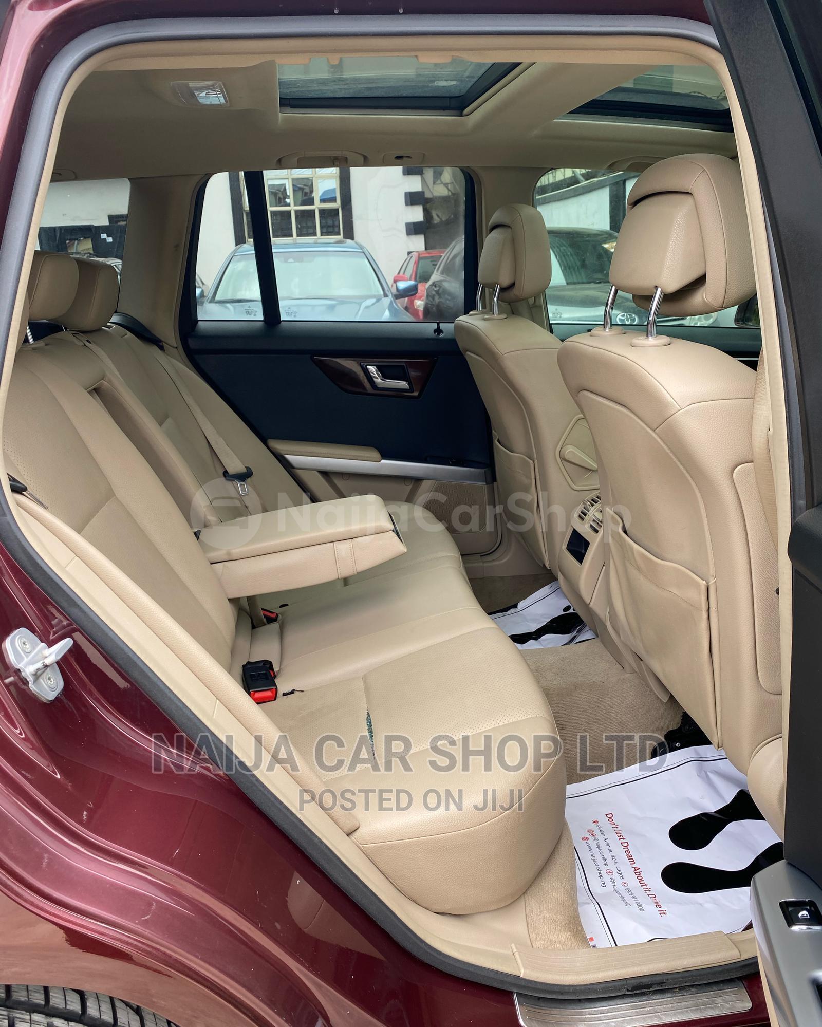 Archive: Mercedes-Benz GLK-Class 2011 350 Red
