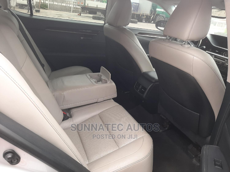 Archive: Lexus ES 2013 350 FWD Silver