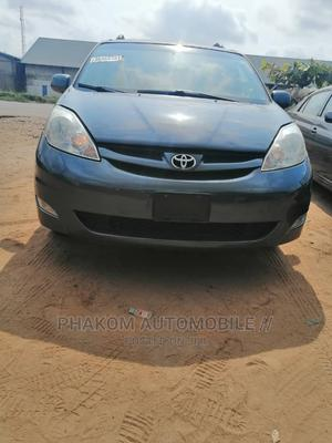 Toyota Sienna 2006 XLE FWD Blue | Cars for sale in Lagos State, Ikeja