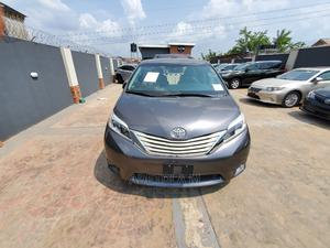 Toyota Sienna 2015 Gray | Cars for sale in Oyo State, Ibadan