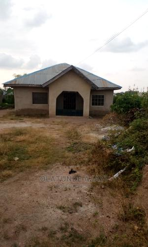 4bdrm Bungalow in Ifelagba Estate, Osogbo for Sale | Houses & Apartments For Sale for sale in Osun State, Osogbo