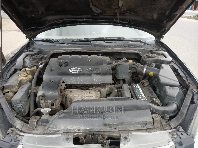 Archive: Nissan Altima 2006 Black