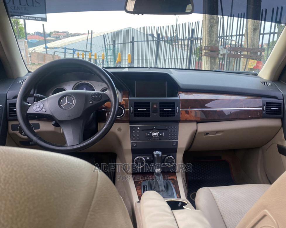 Archive: Mercedes-Benz GLK-Class 2013 Gold