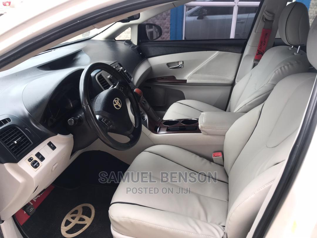 Archive: Toyota Venza 2011 V6 AWD White
