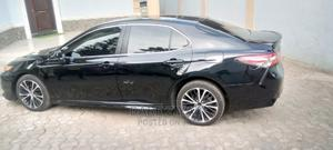 Toyota Camry 2018 SE FWD (2.5L 4cyl 8AM) Black | Cars for sale in Lagos State, Ikeja