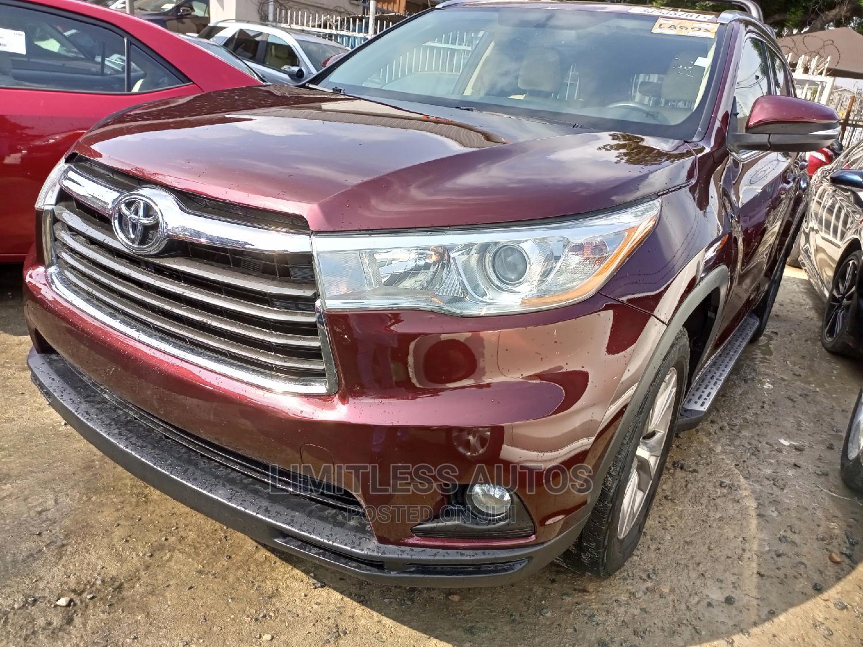 Archive: Toyota Highlander 2014 Red