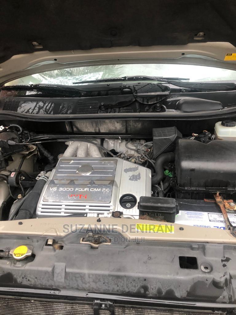 Archive: Lexus RX 2007 Gold
