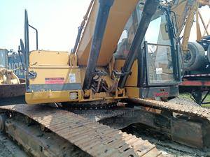 Excavator 325bl Tokunbo   Heavy Equipment for sale in Lagos State, Amuwo-Odofin