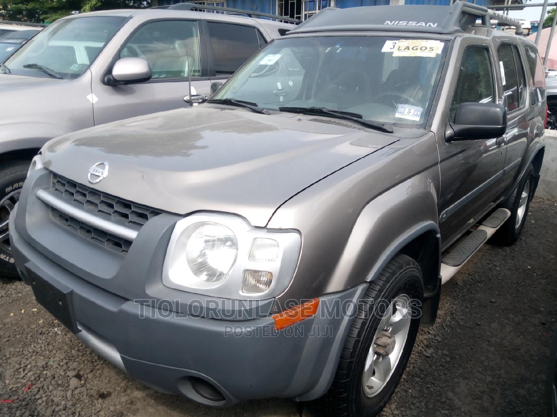 Nissan Xterra 2004 Automatic Gray