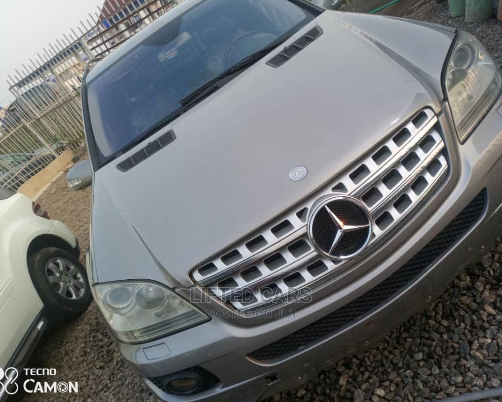 Archive: Mercedes-Benz M Class 2009 Brown